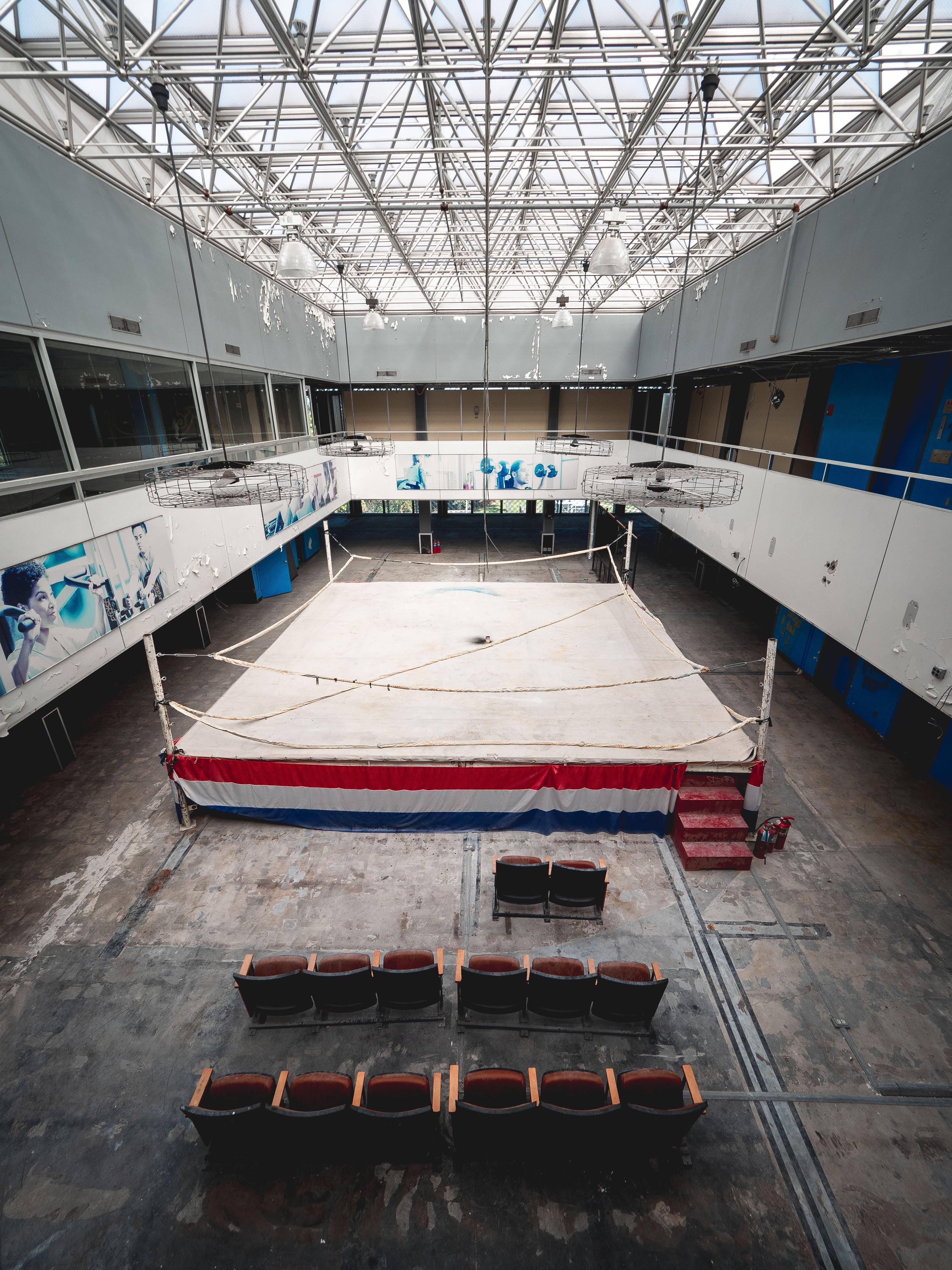 Abandoned Boxing Ring Detroit Mi Oc Abandoned Abandoned Places Boxing Rings