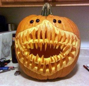 Simple Yet Scary Pumpkin Carving Faces Lauren Q Hill Pumpkin Carving Amazing Pumpkin Carving Scary Pumpkin