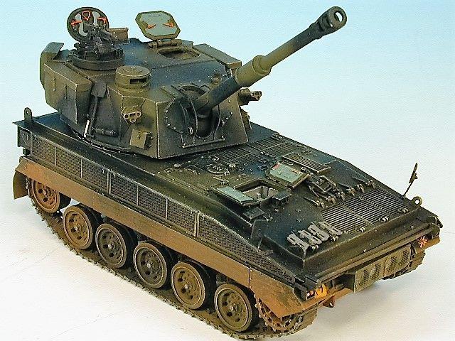 K151 ABBOT 105mm S.P. £80.00