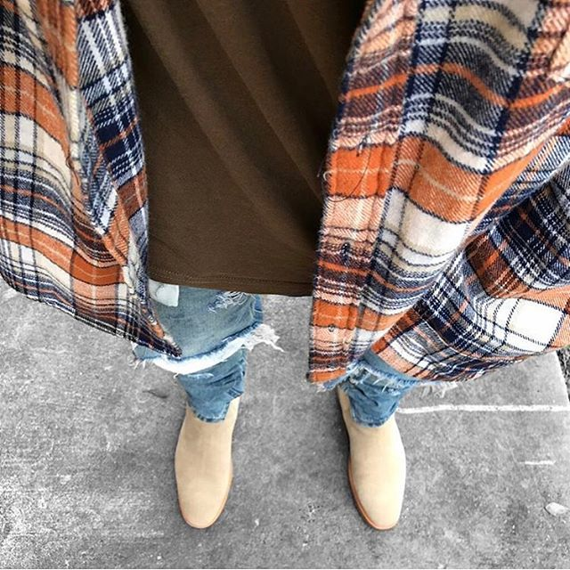 67b56a4800c6 Pin by     on chelsea boots  mensfashion  menstyle in 2019
