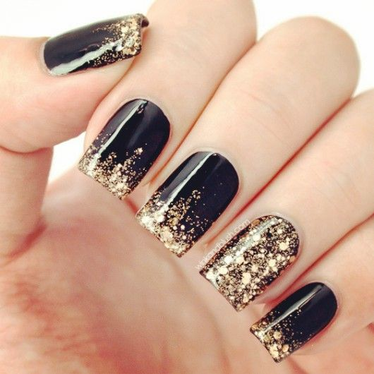 Top 10 New Years Eve Manicures | Nail Art | Gold nail ...
