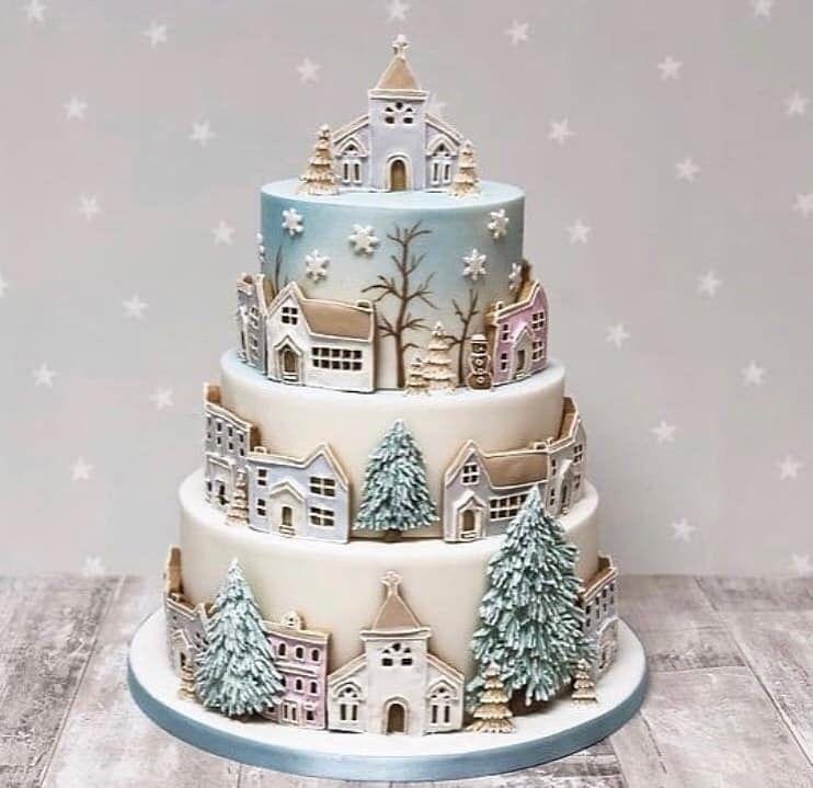 Pin by Kim Mitchell on Cakes | Christmas cake, Xmas cake, Winter cake