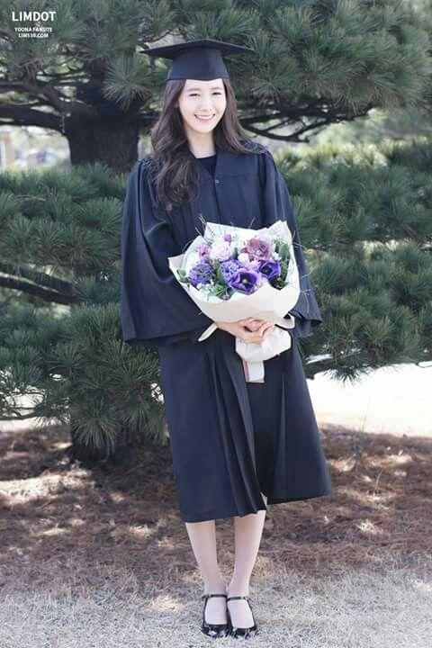 #Yoona #Graduation #Donggukuniversity