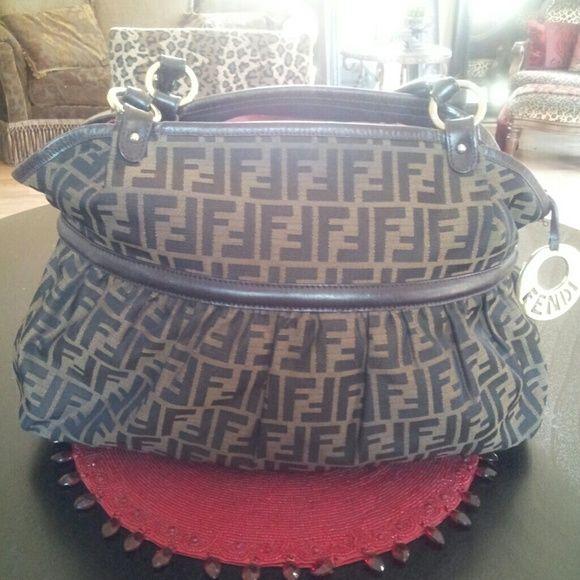 FENDI zucca large handbag Trade? for Gucci Boston black? FENDI Bags