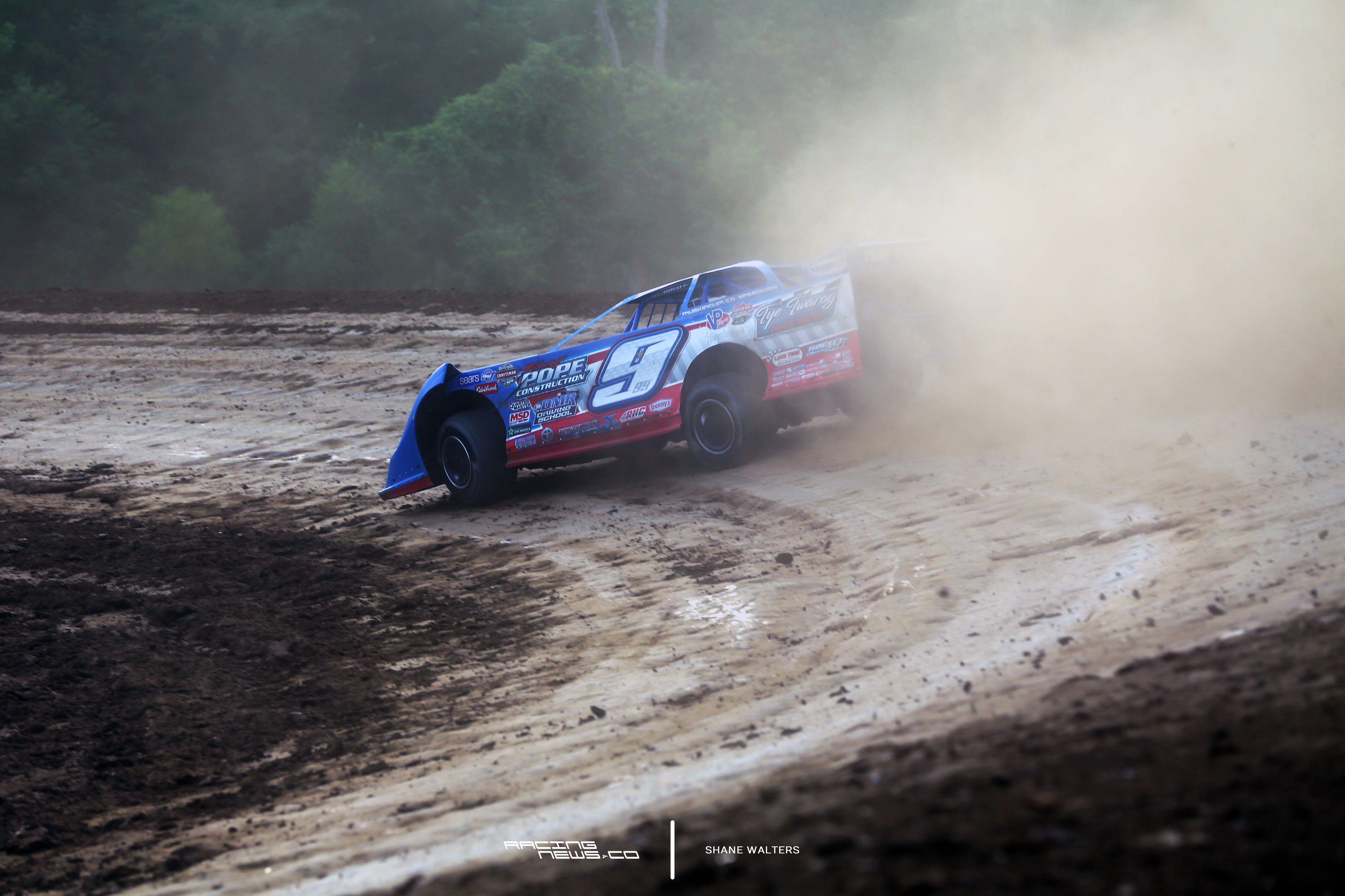 matt curl new world of outlaws series director dirt track racing rh pinterest com