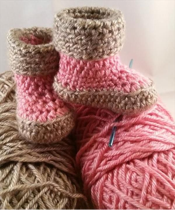 10 DIY Free Patterns for Crochet Slipper Boots ༺✿Teresa Restegui ...