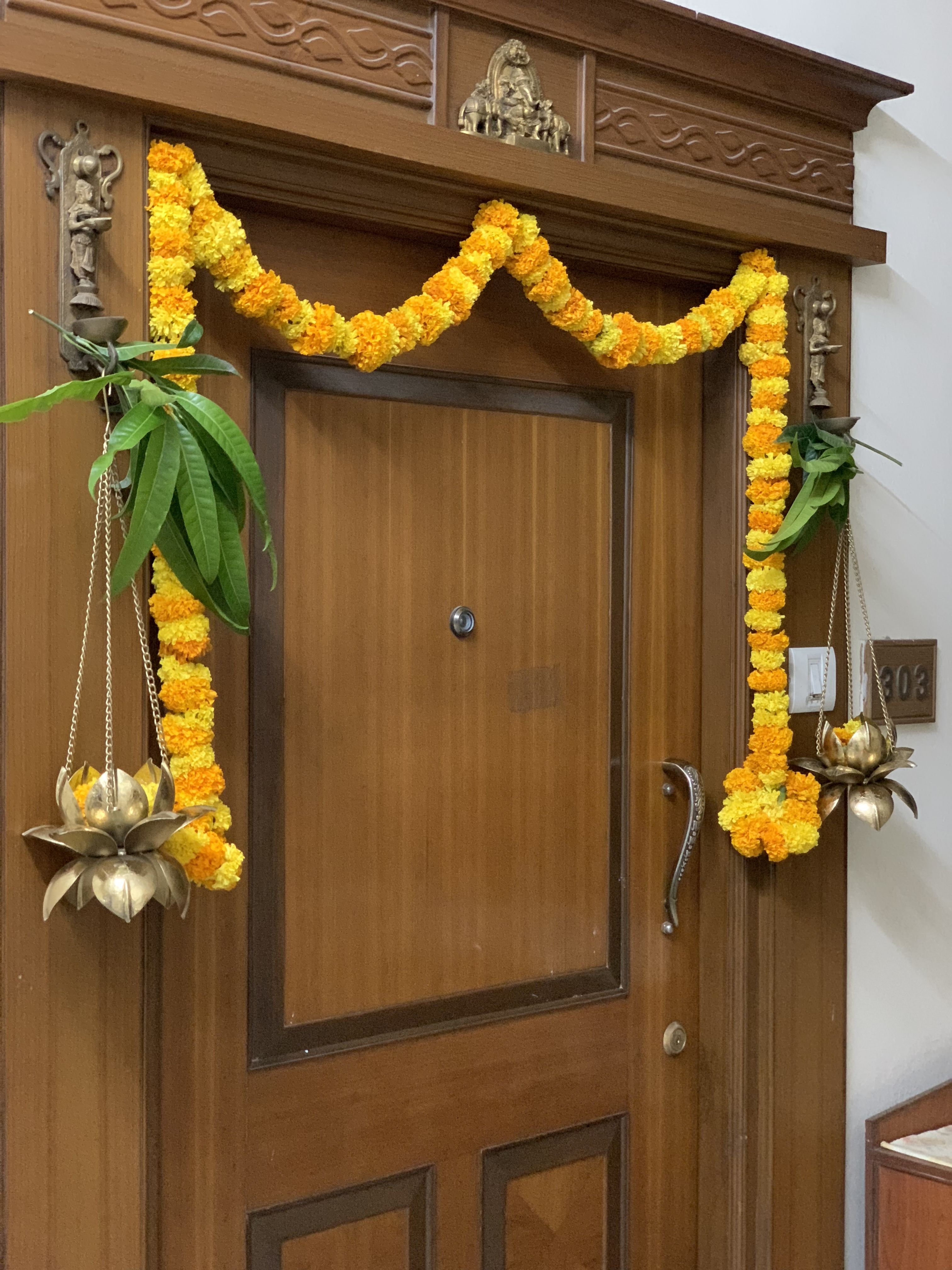 Pin By Ambika On Indian Home Decor Diwali Decorations At Home Entryway Decor Pooja Room Design