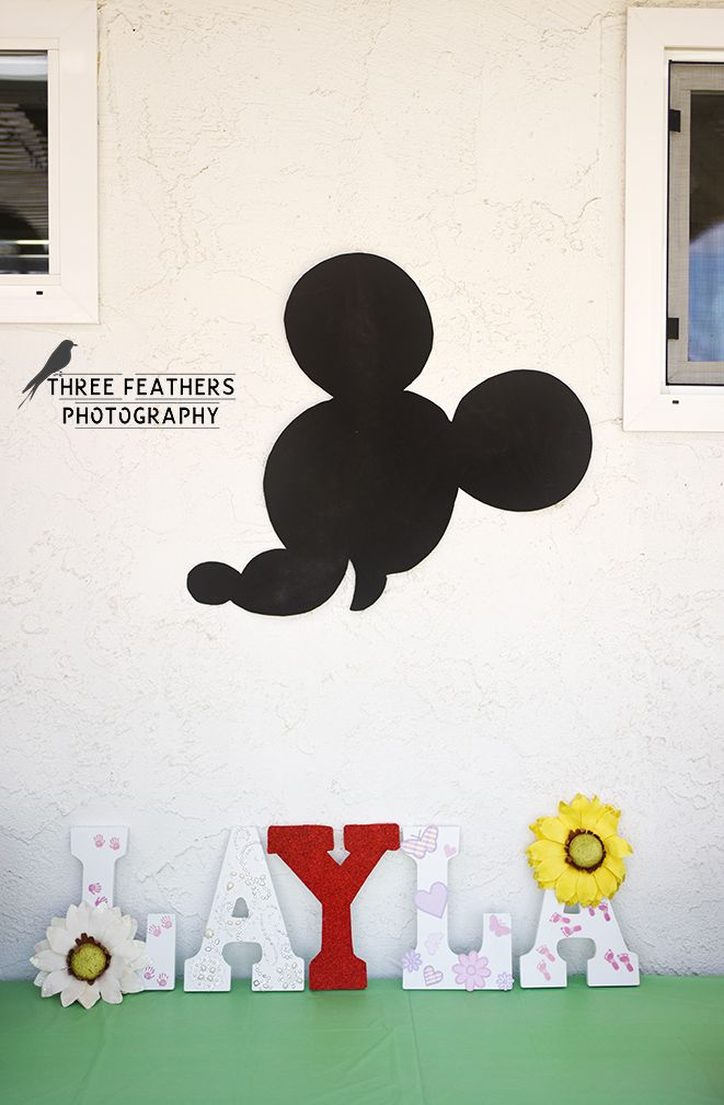 I cut this Mickey head freehand from poster board and am darn proud of it.