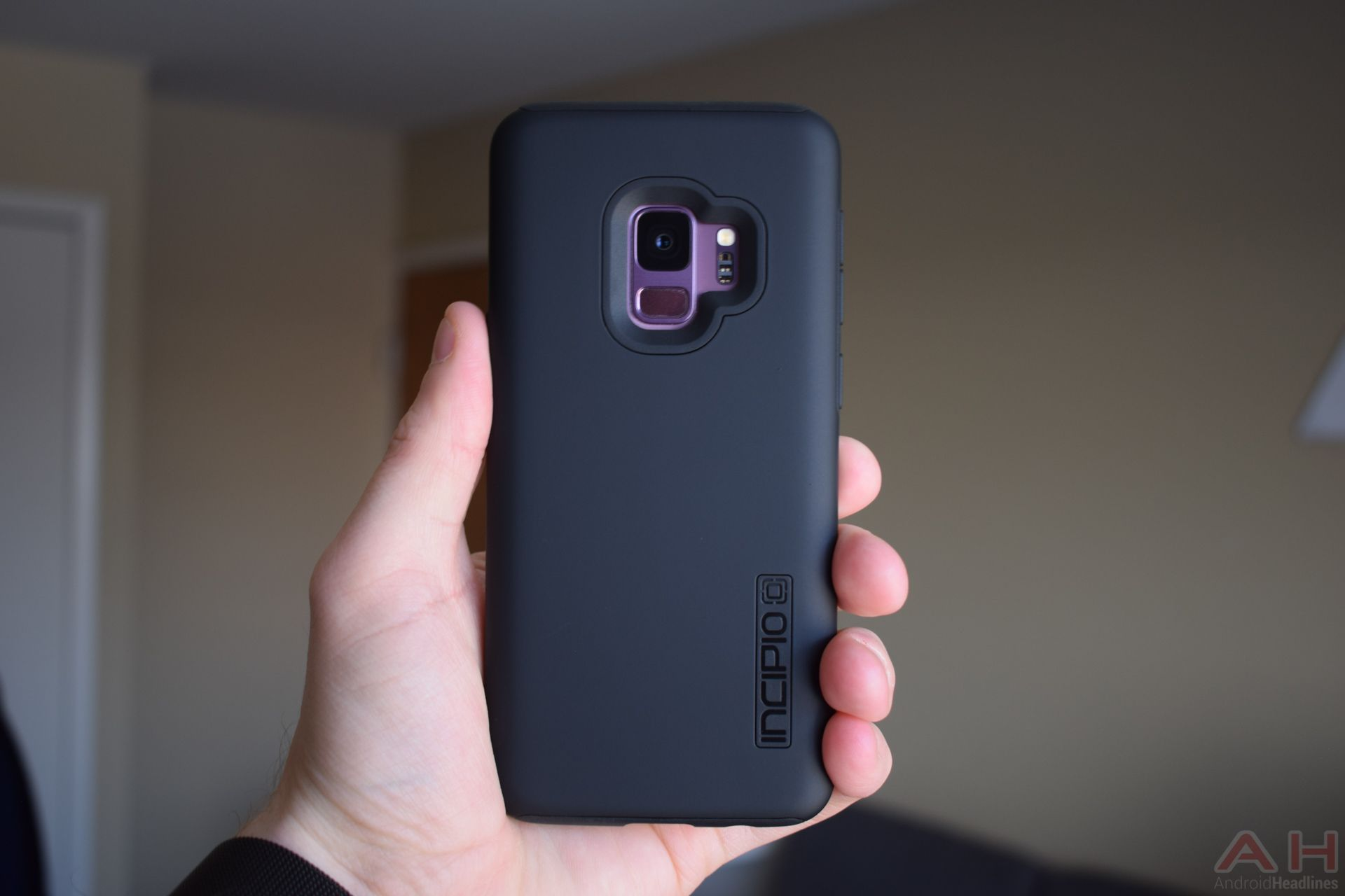 half off 56c53 edf56 Incipio DualPro Case For Samsung Galaxy S9 Review | Android ...