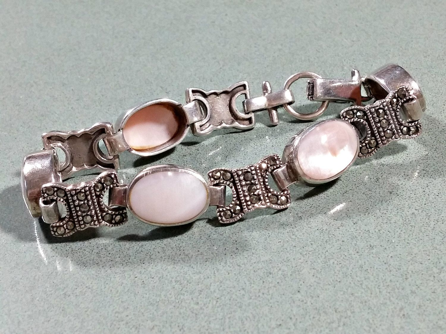 Vintage Mother Of Pearl Marcasites Sterling Silver Bracelet Pale Pink Oval  Shaped Inlaid Mop Chain Link Style 725 Inches Outstanding Nice