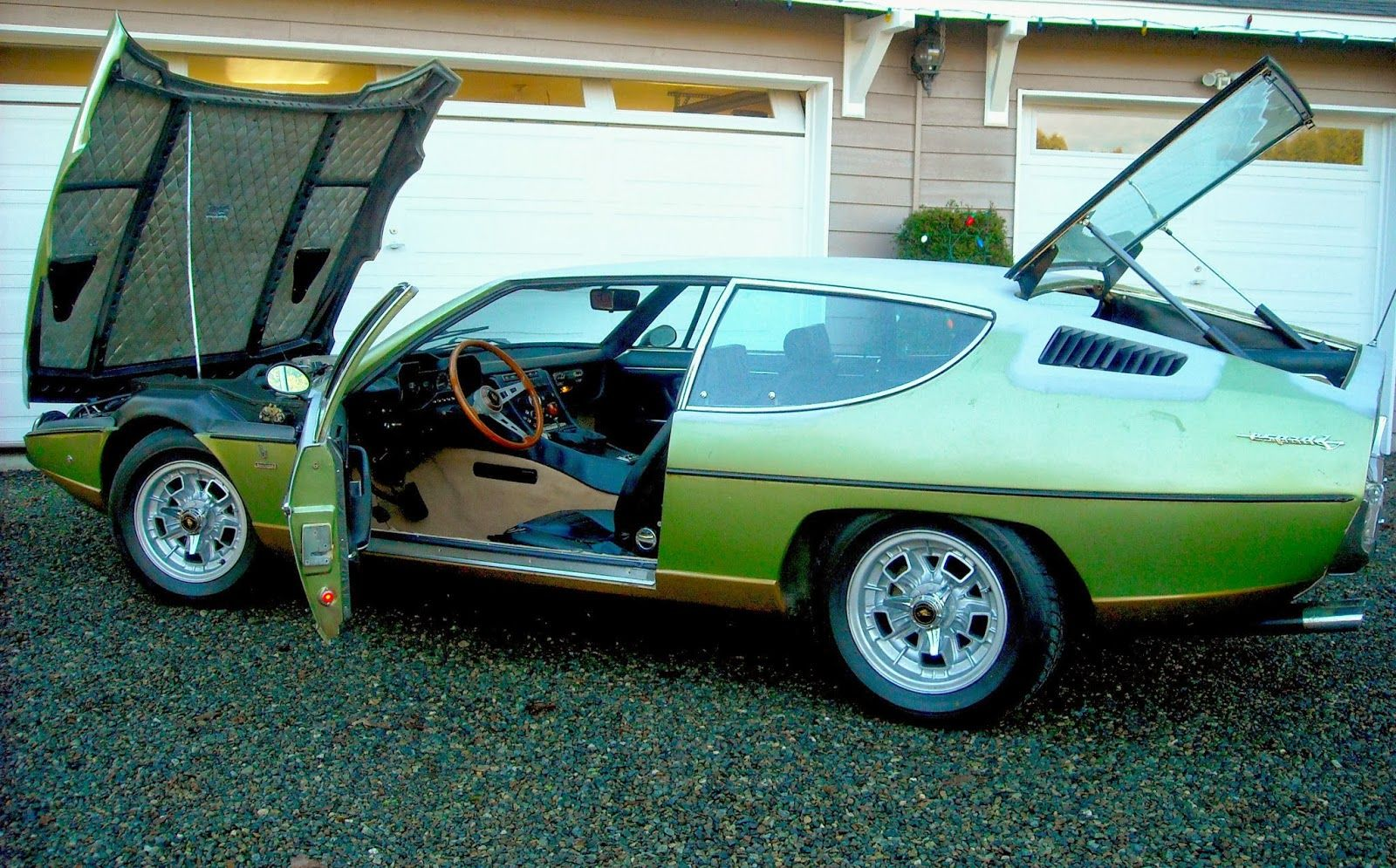 Foto Mobil Keren Lamborghini Espada Green Open Cap