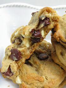 Heidi Bakes: Cream Cheese Chocolate Chip Cookies