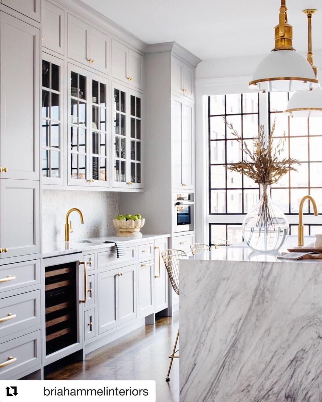 195 Likes 7 Comments Alexandra Friedman Alexandrafriedmanatcompass On Instagram Grey Brass Co White Marble Kitchen Home Kitchens Grey Kitchen Designs