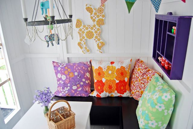 Beautiful girl's playhouse via Den gode feen: Velkommen inn i lekehuset Linda