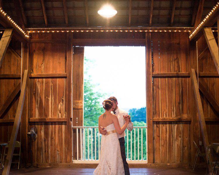 Rustic & Vibrant DIY Sunset Barn Wedding | Country style ...