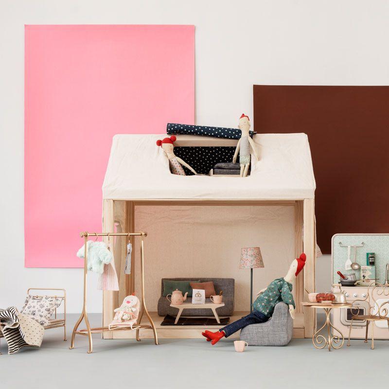 Ein Kleines Zuhause Zum Wohlfuhlen Fur Die Maus Familie In Dem Niedlichen Puppenhaus Von Maileg Werden Traume Wahr Und Der Kreativita Kleines Zuhause