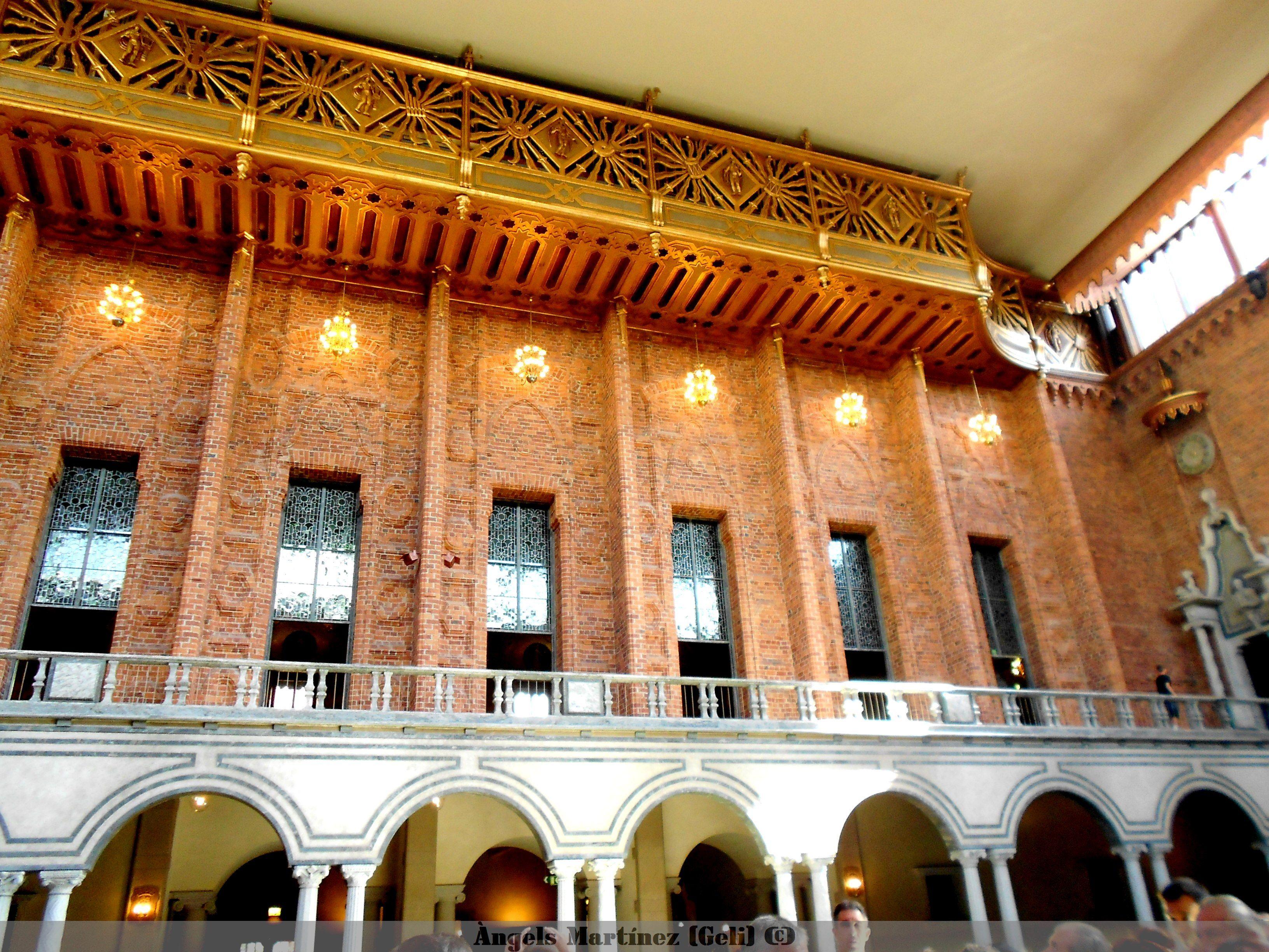 Sala Azul (aunque no sea azul) - Ayuntamiento Estocolmo-  Gran organo en la parte superior