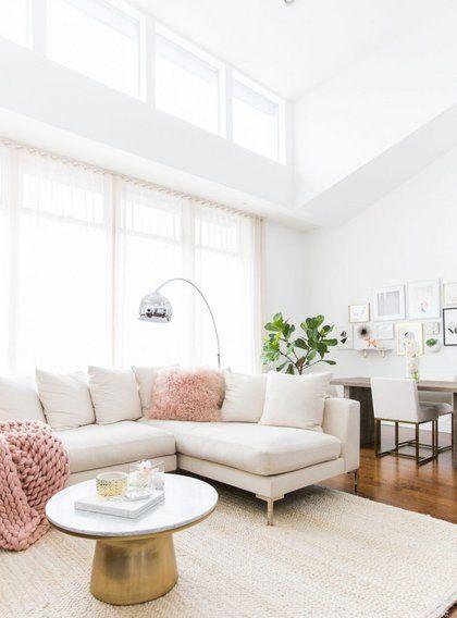 Deite To Yperoxo Spiti Me Girly Stoixeia Ths Marianna Hewitt Deco Yperoxa Spitia Elle Feminine Living Room Living Room White White Couch Living Room