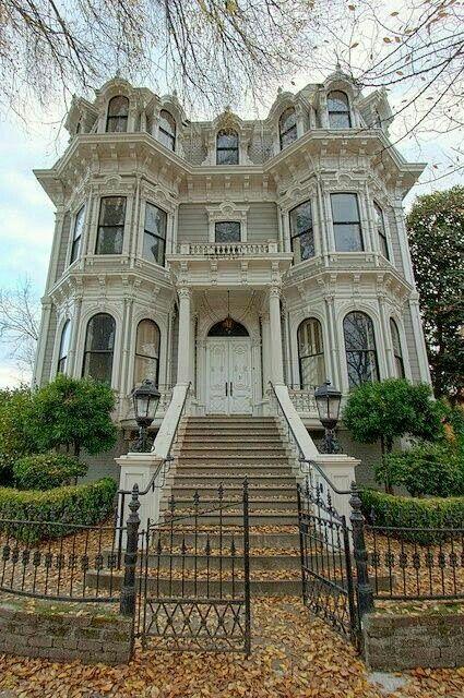 I Love Those Attic Windows In 2019 Victorian Homes