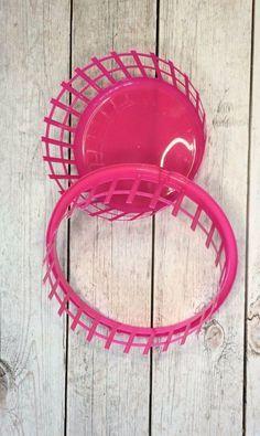 Turn Dollar Store Laundry Basket Into Wreath Form In 8 Easy Steps Mason Jar Crafts Diy Jar Crafts Mason Jar Crafts