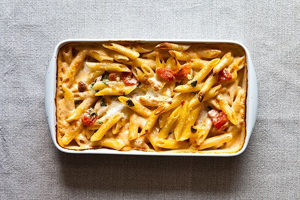 penne with tomato and five cheese- holy shit