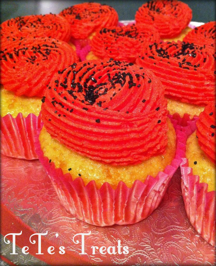 Funfetti Cupcakes- TeTe's Treats  Made these bright little guys for a birthday party    LIKE ME ON FACEBOOK: https://www.facebook.com/TeTesTreats?ref=hl