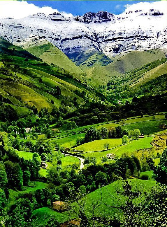Valle del Pisuena @ Cantabria, Spain