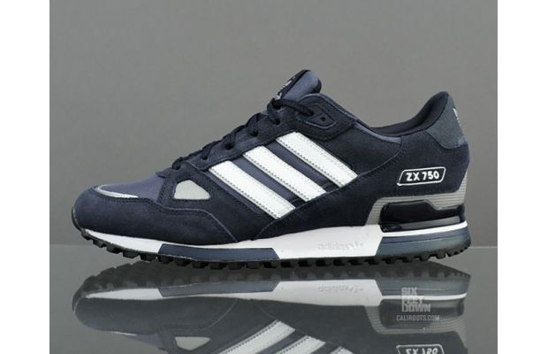 5dc9e8596 adidas Originals ZX 750