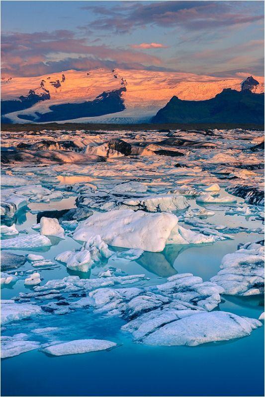 Sunrise at Jokulsarlon - Iceland