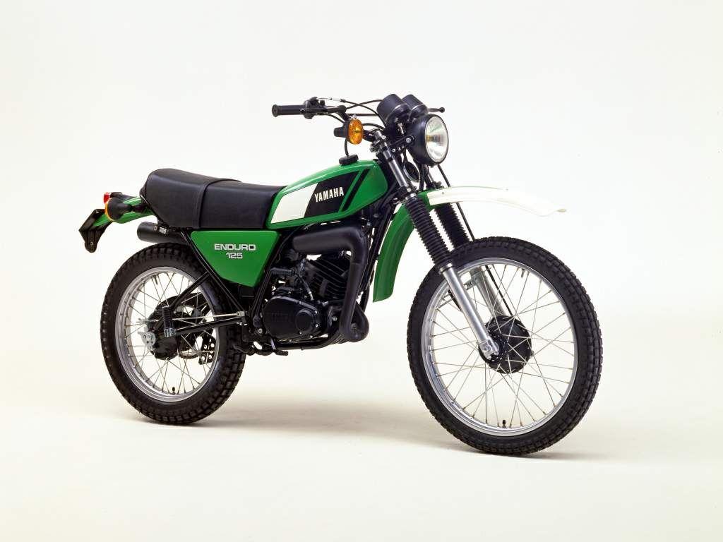 Yamaha Dt 125 Specs Photos Videos And More On Bikesevolution Yamaha Vintage Bikes Racing Bikes