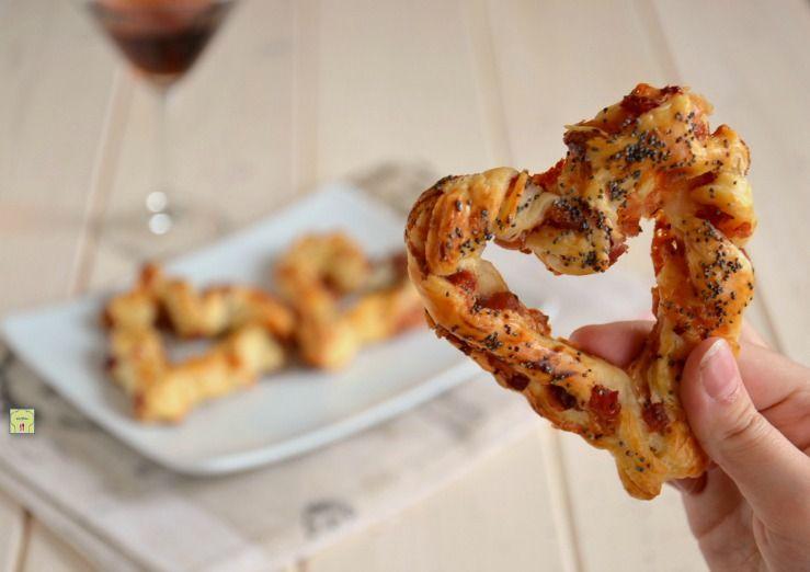 Cuori di sfoglia salati, ricetta finger food per aperitivi romantici #magariungiorno