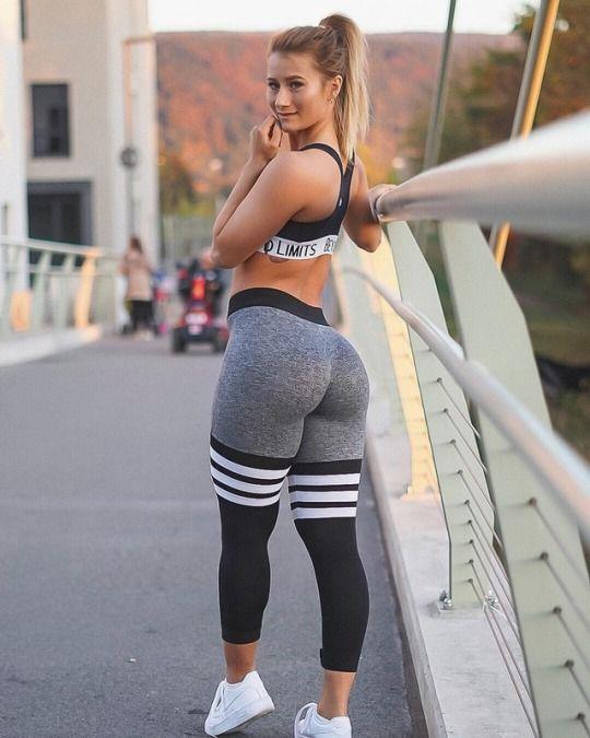 Fitness Junkies Leggings: Comienza La Temporada De Yoga Pants Con Las Chicas Del Gym