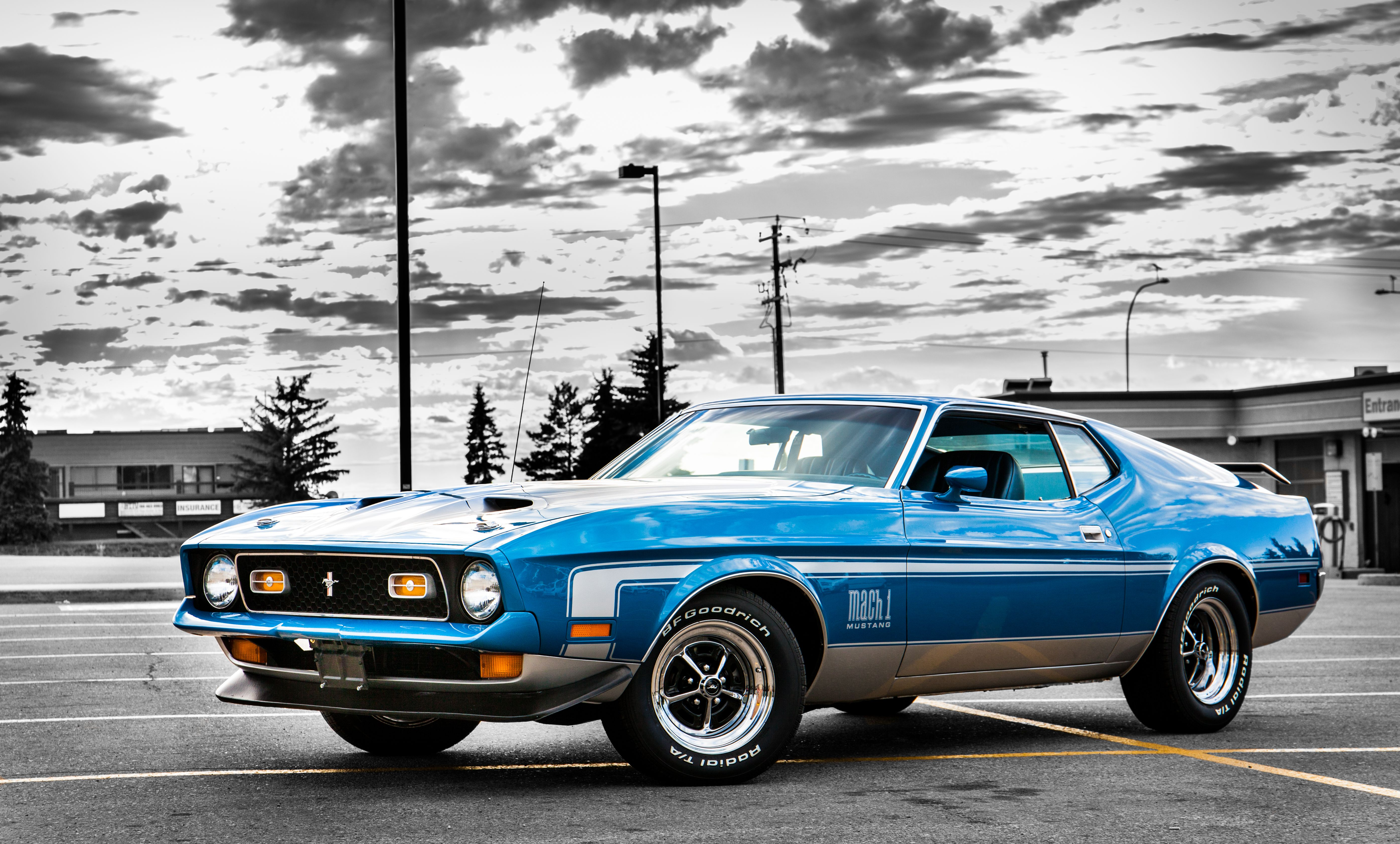 1972 mustang mach 1 with a 351cj in her
