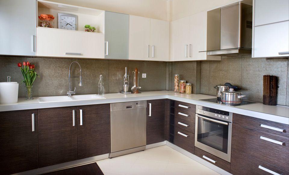 Cocinas integrales carpinteria residencial corian puertas for Modelos de cocina comedor modernos