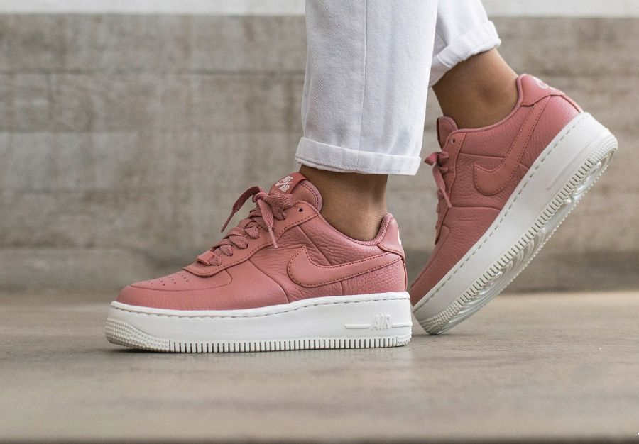 24bbbb1d4590 Nike Wmns Air Force 1 Upstep  Red Stardust