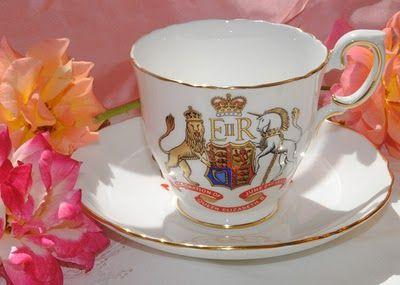 Coronation Tea Cup & Saucer - Queen Elizabeth