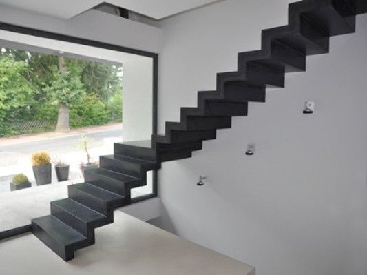 Best Folded Plate Staircase Made Out Of Ultra Thin Concrete 640 x 480