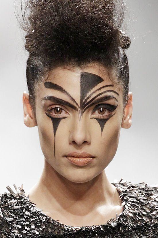 Tribal Makeup Men Google Search Tribal Makeup Halloween Eye Makeup Warrior Makeup