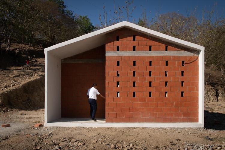 Social Housing In Pinotepa Nacional Hda Hector Delmar Arquitectura M N Diseno Archdaily Social Housing Architecture Architecture Project