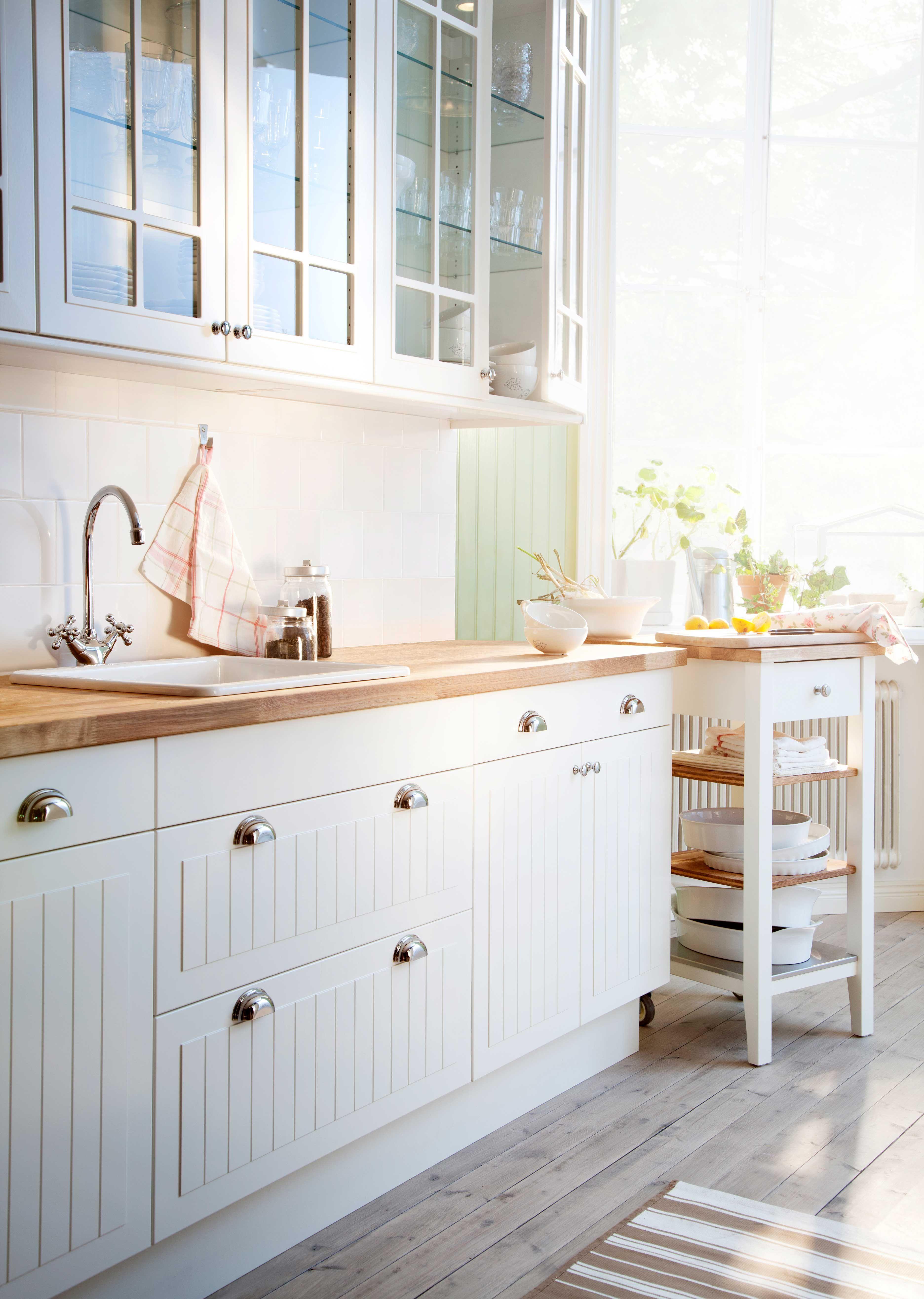 Kuche Fur Jeden Geschmack Stil Gunstig Kaufen Mit Bildern Ikea Kuche Landhaus Haus Kuchen Moderne Bauerliche Kuchen