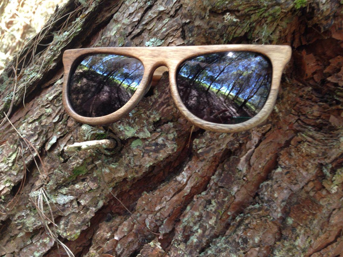 Oaklook una empresa comprometida con el medio ambiente . Gafas de sol en madera    .