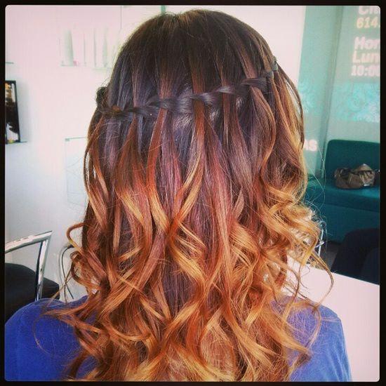 Trenza con rizos peinados y decoraciones para el cabello - Peinados de fiesta con rizos ...