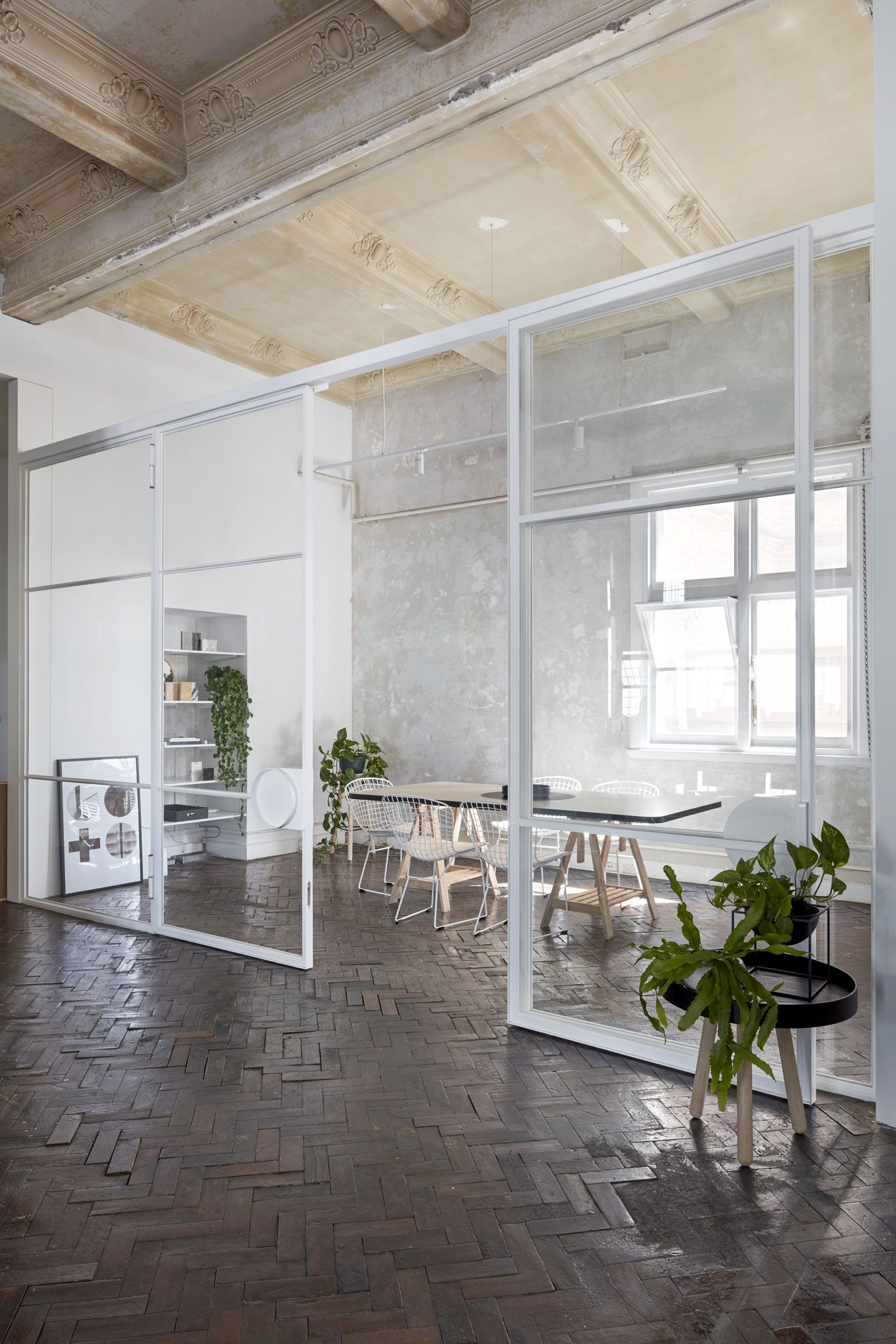 Beyond chic conference room the stella collective   own studio in melbourne prahran yellowtrace also office rh pinterest