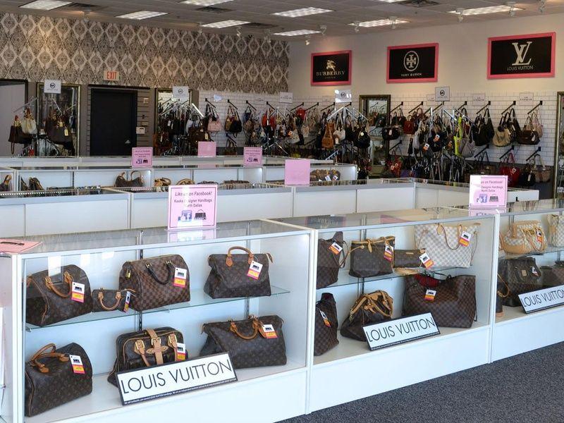 North Dallas Resale Shop Puts Louis Vuitton Handbags Within Reach Louis Vuitton Handbags Louis Vuitton Louis Vuitton Handbags Outlet