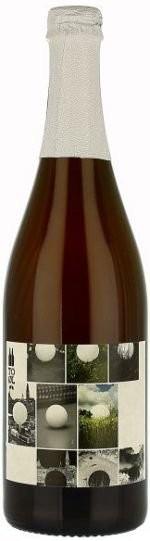 Cerveja To Øl Snowball Saison (Aged in White Wine Barrels), estilo Saison / Farmhouse, produzida por De Proefbrouwerij, Dinamarca. 8% ABV de álcool.