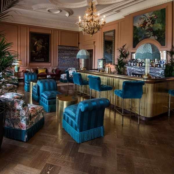 Patio Furniture Stores Surrey Bc: Beaverbrook, Surrey: Hotel Review