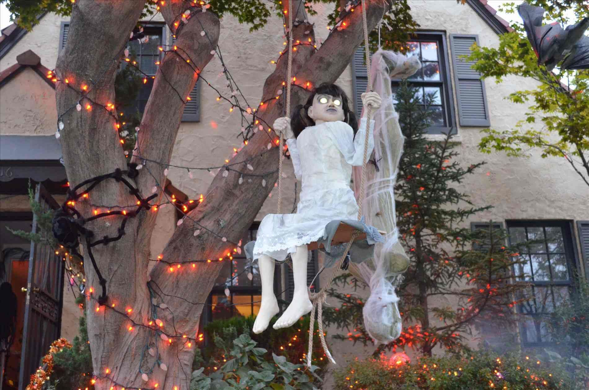43+ Thrilling Outdoor Halloween Decoration Halloween