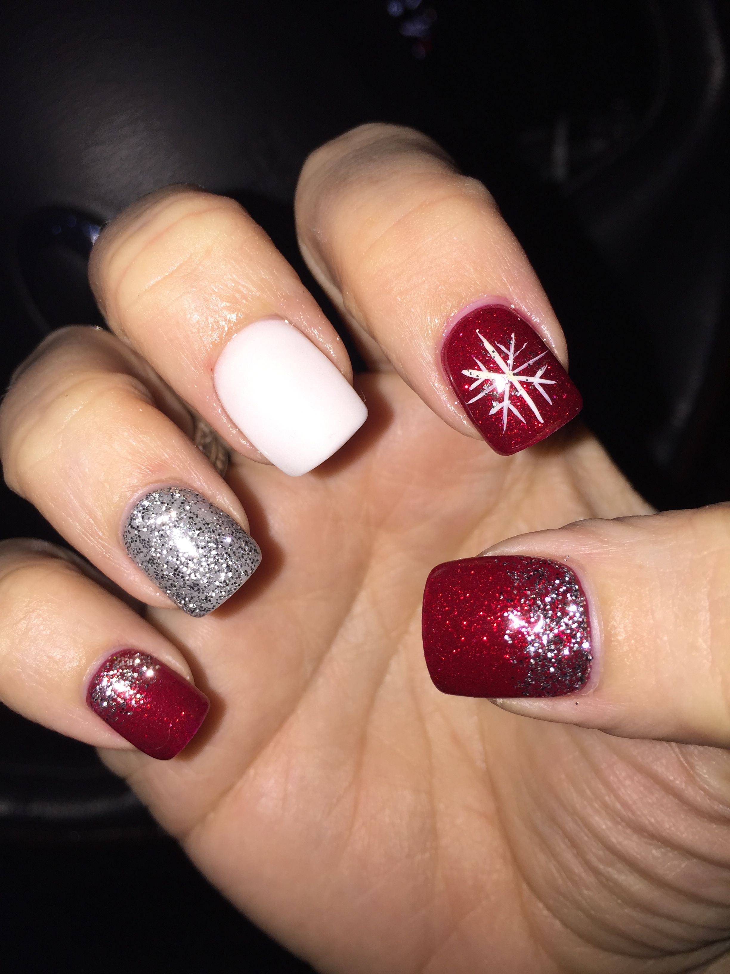 Red White Snowflake And Silver Glitter Holiday Nails With Images Holiday Nails Glitter Christmas Nails Acrylic Red And Silver Nails