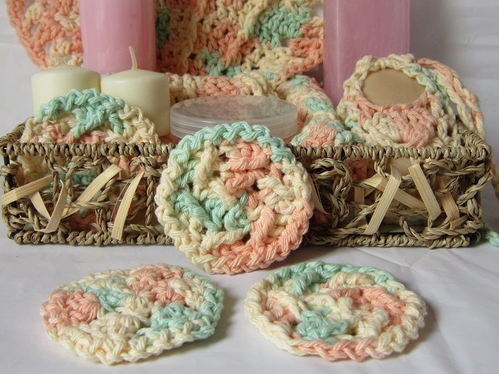 Add these reusable scrubbies to a gift basket with my other free ...