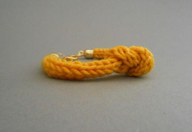 Strickliesel*Armband - *Cally* - Farbe: sonnengelb - Preis: 8,00€